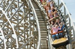 Attractieparken, zwemparadijzen en dierentuinen steeds duurder, wat kost een dagje weg in Brabant?