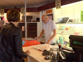 Zoveelste winkel gaat dicht: 'Mensen kwamen internetbestelling ophalen van wat wij ook verkopen'